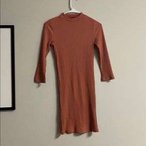 Forever 21 size medium fitted dress long sleeve